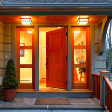 Contemporary Entry by Sellars Lathrop Architects, llc