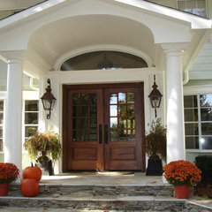 traditional entry by Carolina Lighting Gallery