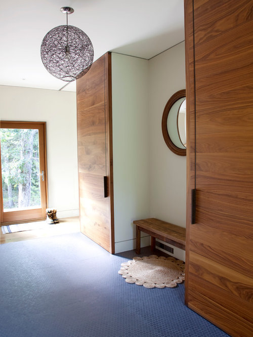 Modern Foyer Houzz : Entryway closet houzz