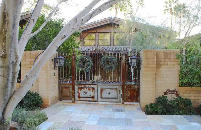 Rustic Entry by Grizzly Iron, Inc