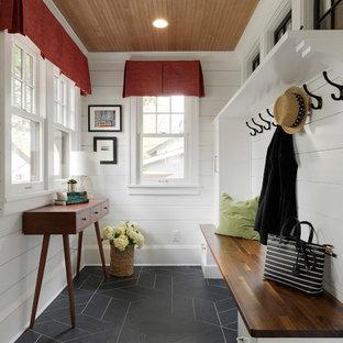 Idee per un piccolo ingresso o corridoio classico