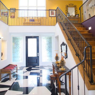 Example of an eclectic entryway design in Los Angeles