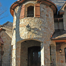 Traditional Entry by JB Architecture Group, Inc.