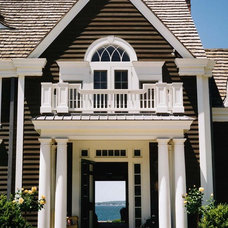Beach Style Entry by Rudolph Architects