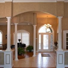 Contemporary Entry by Mason Construction Company