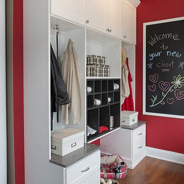Custom Laundry and Mud Room