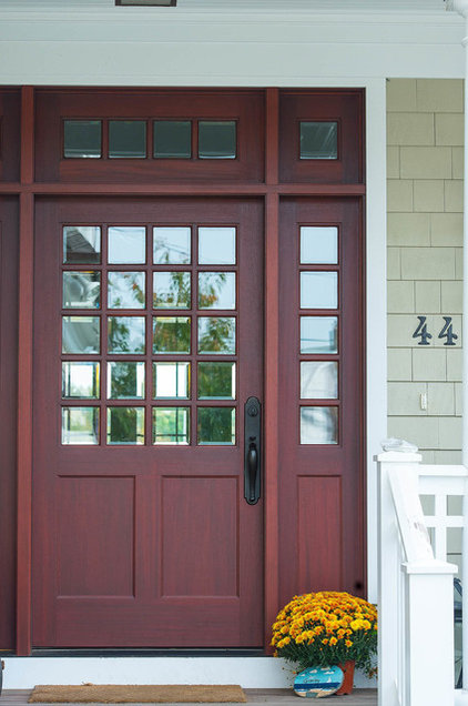 Traditional Entry by CMM Construction Inc.