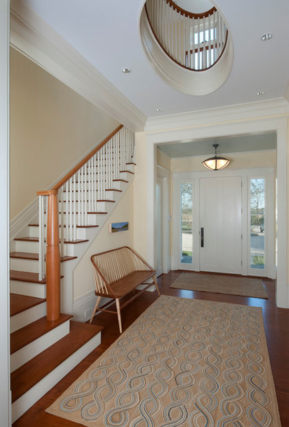 Traditional Entry by Foley Fiore Architecture