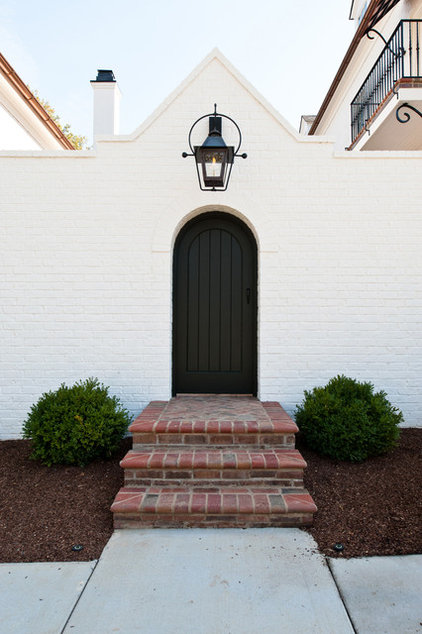 Traditional Entry by P. Shea Design