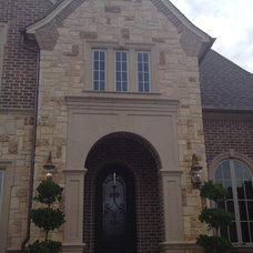 Traditional Entry by KGO STONE, The Natural Stone Company