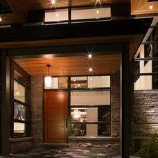 Modern Entry by David Small Designs