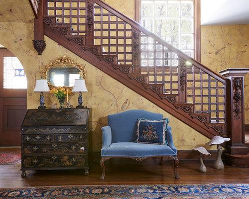entr e victorienne avec un mur multicolore photos et id es d co d 39 entr es de maison ou d. Black Bedroom Furniture Sets. Home Design Ideas