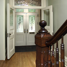 Traditional Entry by Northlight Architects LLC