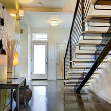 Contemporary Entry by Stephenson Design Collective
