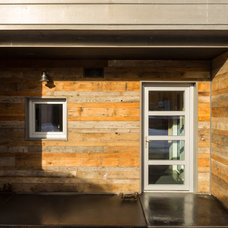 Contemporary Entry by workshopL