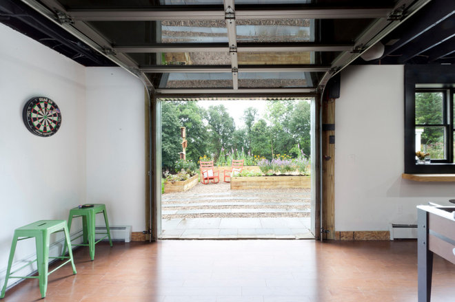 Industrial Entry by Brunelleschi Construction