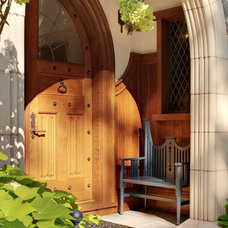 Traditional Entry by Glave & Holmes Architecture