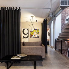 Contemporary Entry by CityLoft