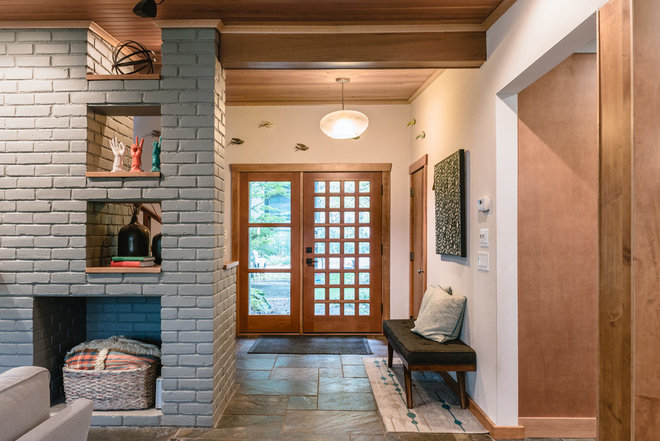 Midcentury Entry by Lume Photography
