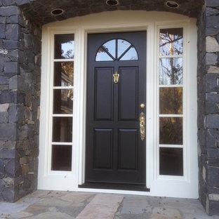 Idéer för en stor klassisk ingång och ytterdörr, med grå väggar, kalkstensgolv, en enkeldörr och mörk trädörr