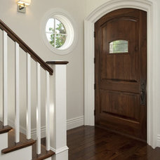 Traditional Entry by H&H Design