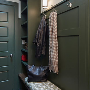 Idéer för att renovera ett litet vintage kapprum, med grå väggar, granitgolv, en enkeldörr, en grå dörr och grått golv