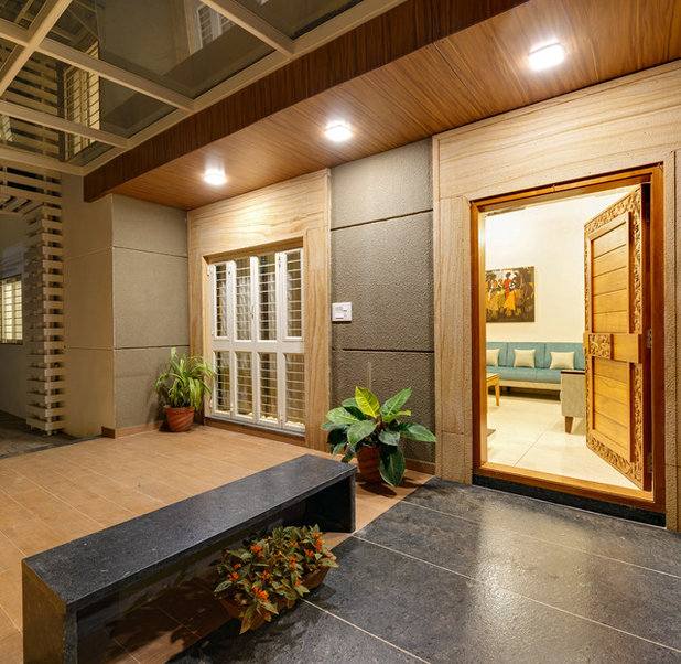 Asian Entry by CULTURALS INTERIOR DESIGNERS