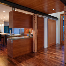 Contemporary Entry by Dyna Contracting