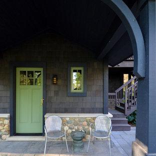 Inspiration för amerikanska entréer, med en grön dörr