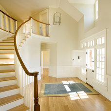 Traditional Entry by Aquidneck Properties