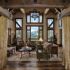 Traditional Entry by Teton Heritage Builders