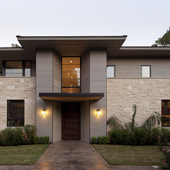 contemporary entry by Jay Corder, Architect
