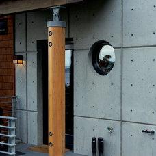 Modern Entry by Dan Nelson, Designs Northwest Architects