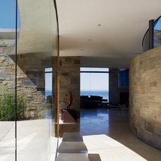 Contemporary Entry by Sagan / Piechota Architecture