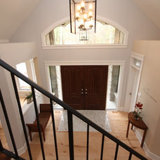Traditional Entry by Doyle Homes