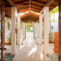tropical entry by MCM Design