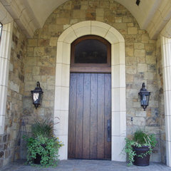 traditional entry by B&B Builders