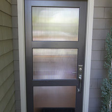 Contemporary Entry by Nunley Custom Homes