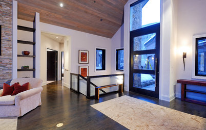 Defining Spaces: 6 Ways to Work With an Open Foyer