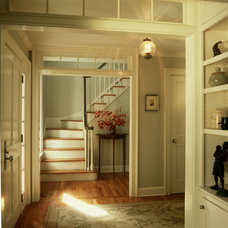 traditional entry by Huestis Tucker Architects, LLC