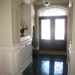 traditional entry by Chic Decor & Design, Margarida Oliveira