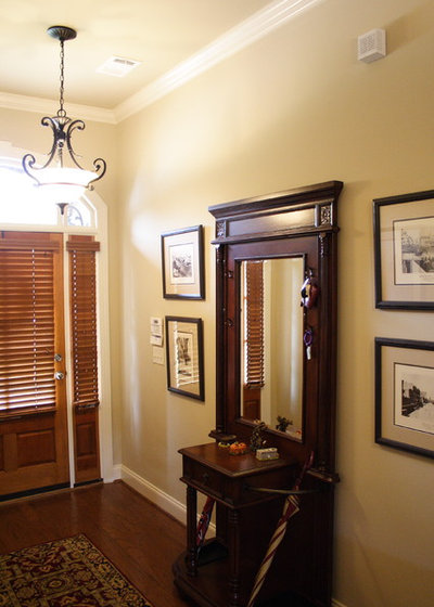 Traditional Entry by G&G Interior Design