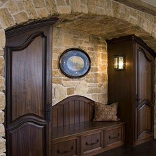 Entry by Hendel Homes