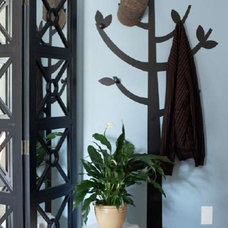 Contemporary Entry by Allison Lind Interiors