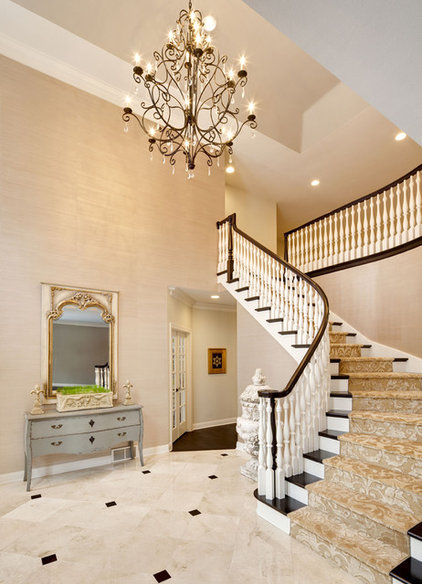 Traditional Entry by KannCept Design, Inc.