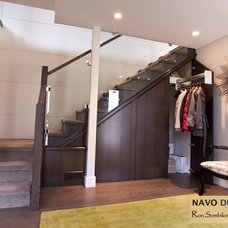 Contemporary Entry by Navo Design Studio