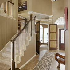 Traditional Entry by USI Design & Remodeling