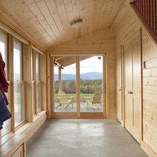 Farmhouse Entry by Kaplan Thompson Architects