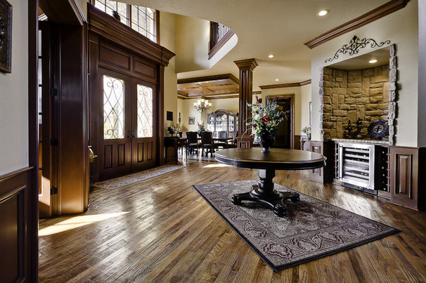 Traditional Entry by Celtic Custom Homes