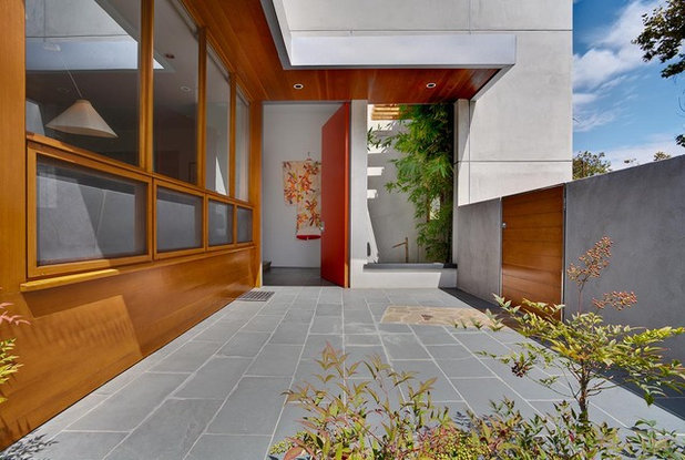 Asian Entry by MGS Architecture